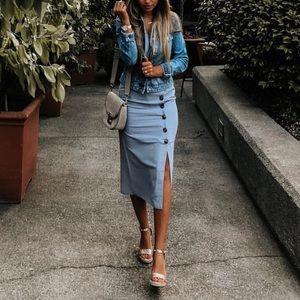 5bf19d61d6b8 mint limit Dresses - Mint Limit Blue Button Down Midi Dress XS